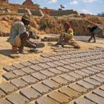 Fabrication des tuiles - Séchage au soleil