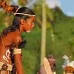 Sur l'île de Pâques, le Tapati Rapa Nui est un festival traditionnel haut en couleur où le peuple Rapanui revêt ses costumes traditionnels