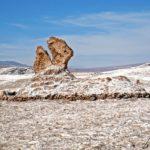 Dans la Vallée de la Lune, Las Tres Marias sont des roches naturellement sculptées évoquant à certains le Christ entouré de ses trois Marie